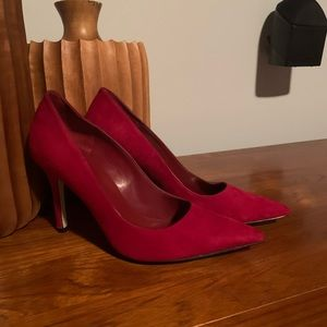 Red suede Marc Fishers size 9